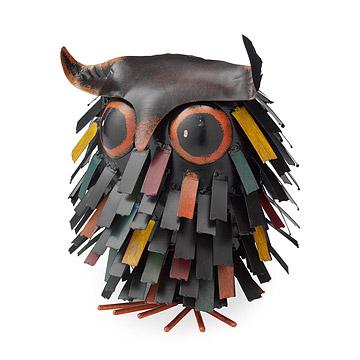 Spiky Owl Sitter