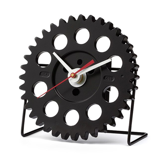 Auto Timing Desk Clock