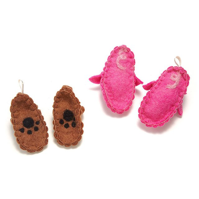 Piggy and Bear Storybook Slippers 2