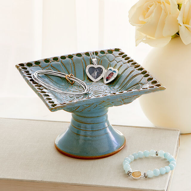 Pedestal Jewelry Holder
