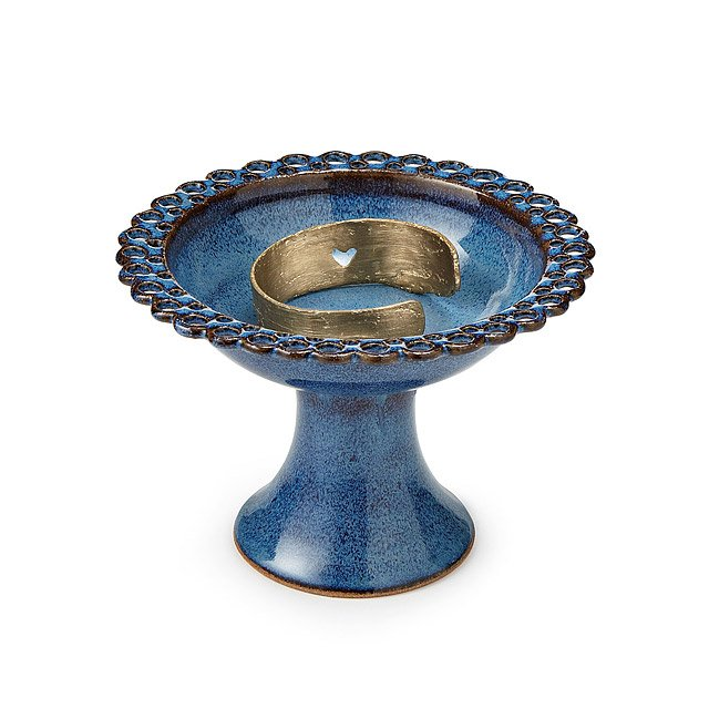 Lace Pedestal Earring Bowl