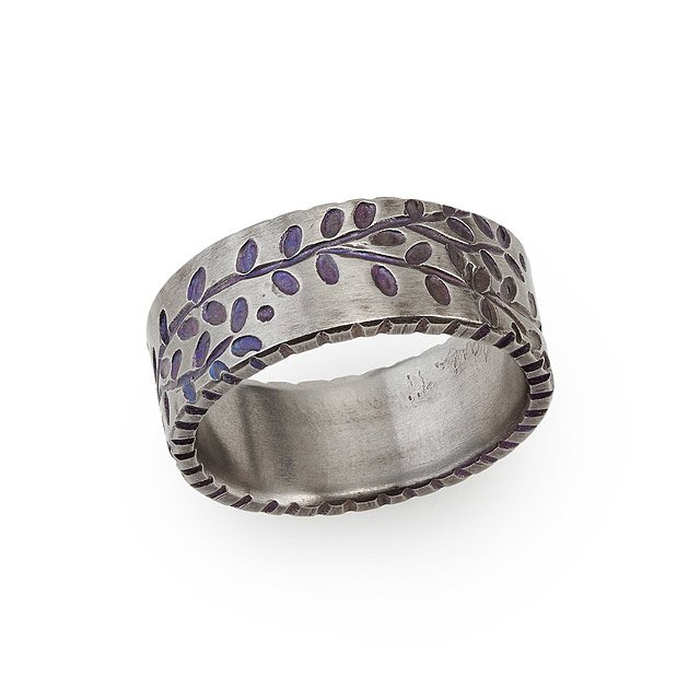 Titanium Vines Ring