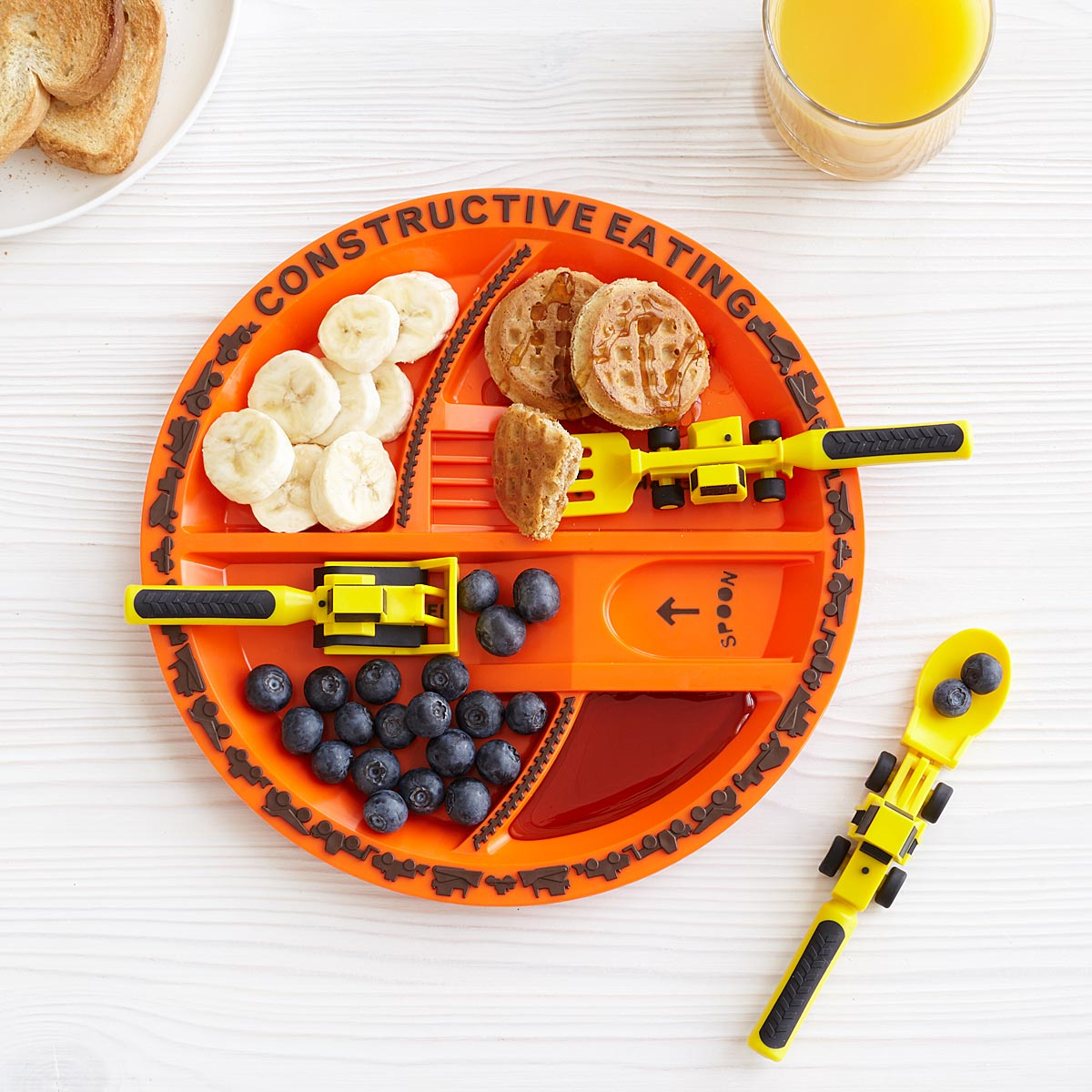 Constructive Eating 3-Piece Utensil and Matching Plate Set