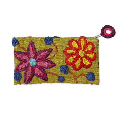 EMBROIDERED FLOWERS POUCH