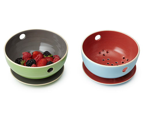 BERRY BOWL AND TRAY