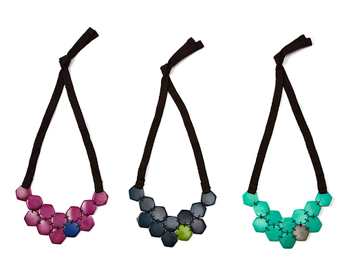 TAGUA HONEYCOMB BIB NECKLACE