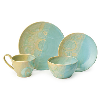 SUMMERTIDE STONEWARE DISHWARE COLLECTION