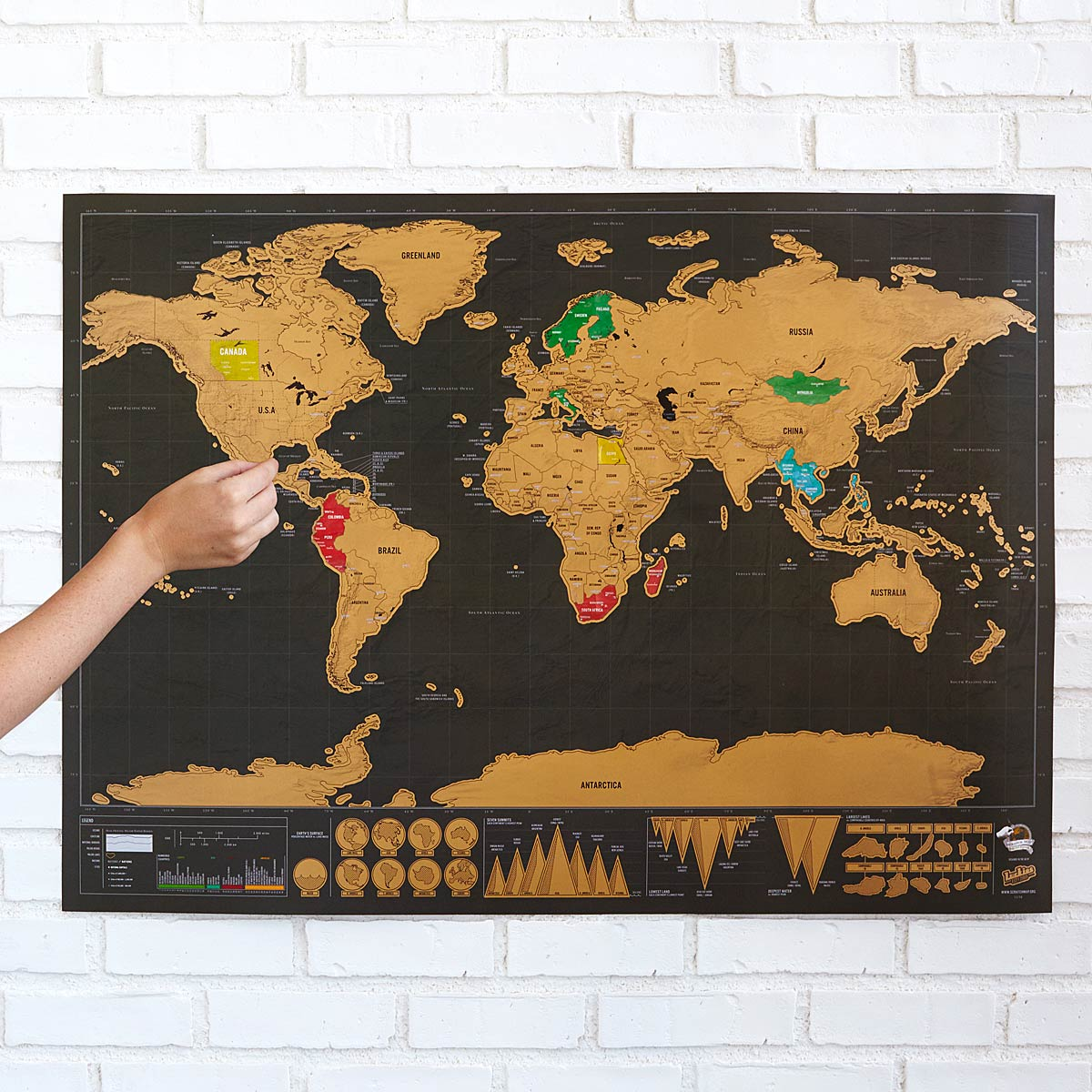 scratch off wall map