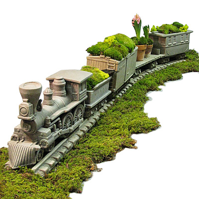CIVIL WAR STEAM LOCOMOTIVE PLANTER
