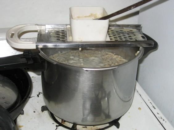 11-18-13UG-giftlab-cooking 001