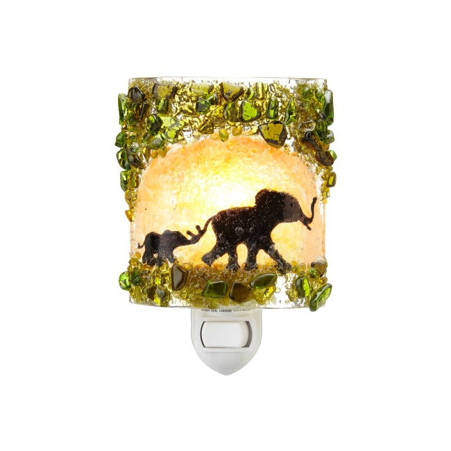 26462_recycledglassnightlight_elephant_lit