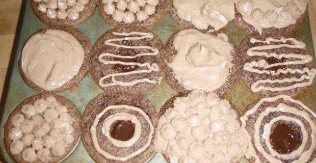 Gift Lab #5: Kira's cupcake craziness