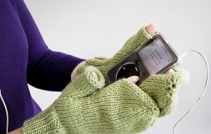 Gift Lab: iMitt DIY Mitten Kit