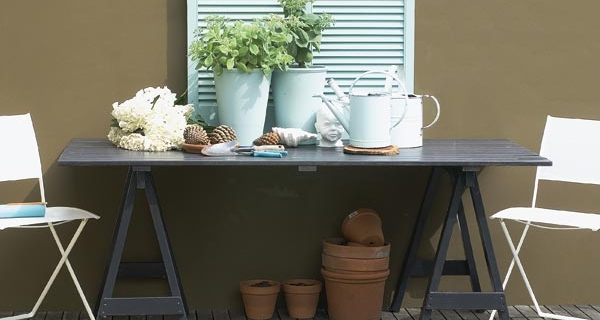 How to make an outdoor trestle table