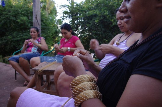 Aurea_Artisans weaving Golden Grass 1