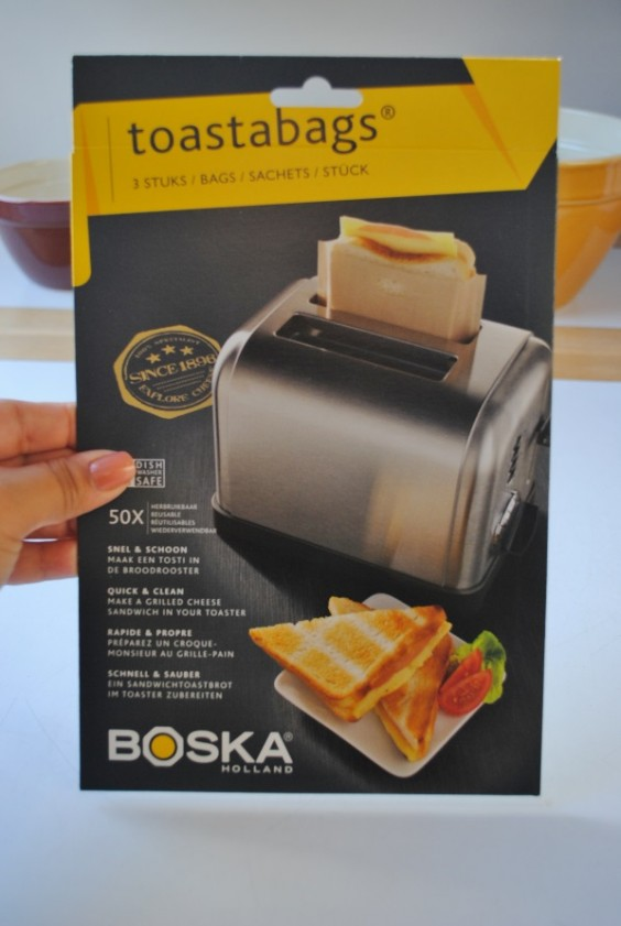 Make grilled cheese in your toaster!