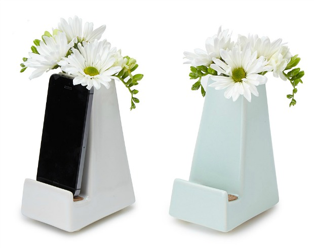 Smartphone Vase | UncommonGoods