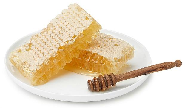 Raw Georgia Wildflower Honeycomb   UncommonGoods