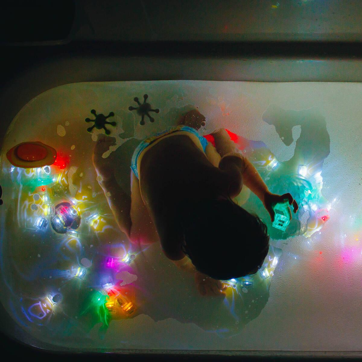 Glowing Bathtime Pals