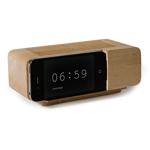 IPhone Alarm Dock Nice Design