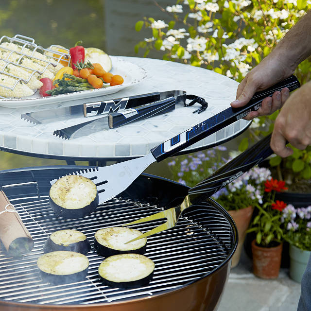 Hockey Stick BBQ Set