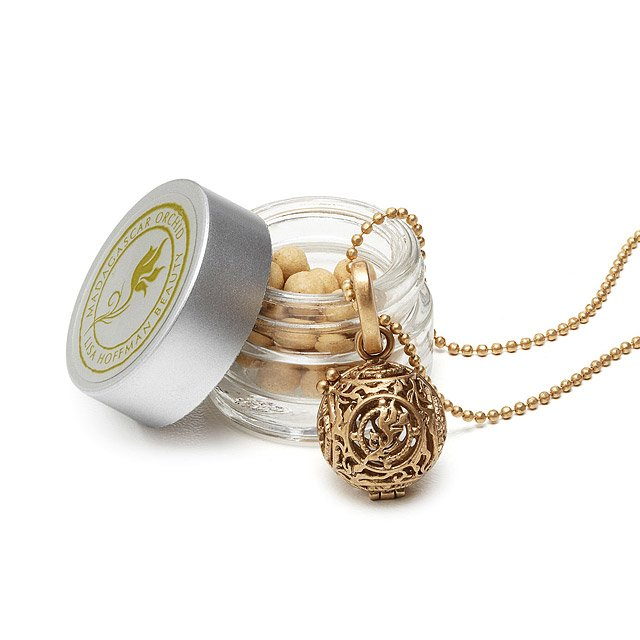 Fragrance Necklace 2