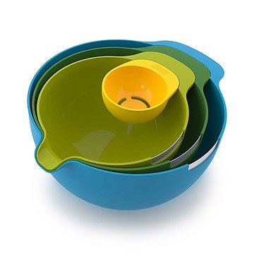 Nesting Mixing Bowl Set with Egg Separator
