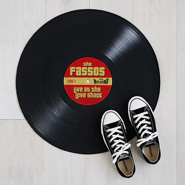 Personalized Record Doormat is but one option in this smart collection of Father's Day Gifts on Hello Lovely! Also find poignant quotes to pin!