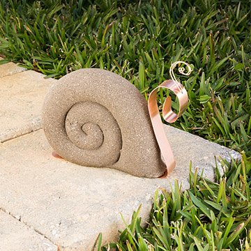 Suzzie the Sunday Strolling Snail