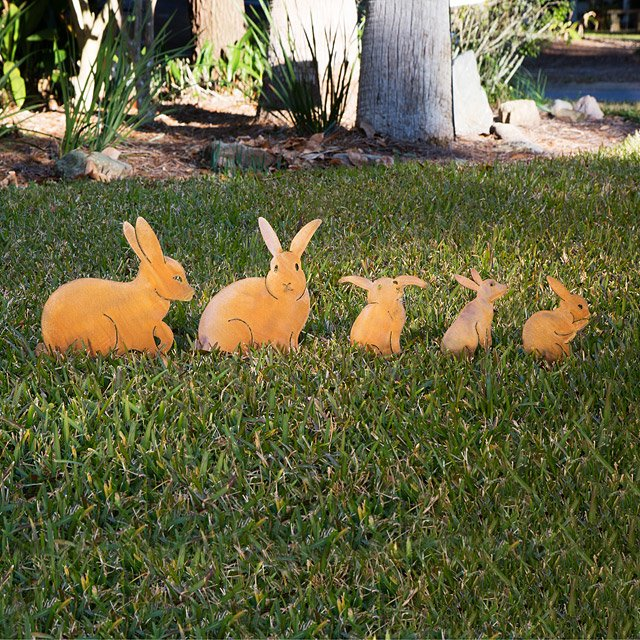 Wonderful Bunny Family Garden Sculptures   Set Of 5