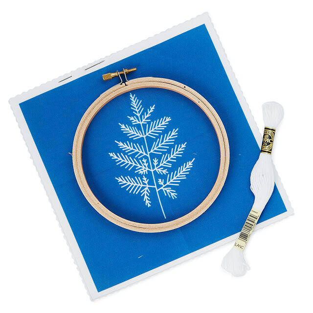 Botanical DIY Embroidery Kit