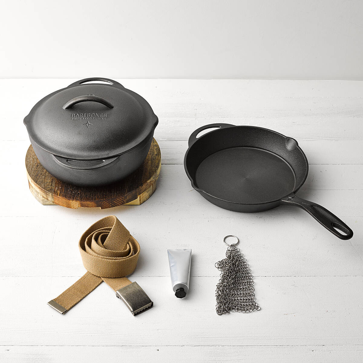 cast-iron-cooking-set