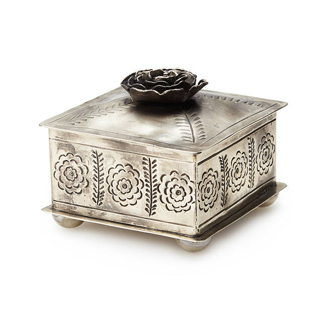 Hand-Etched Rose Jewelry Box