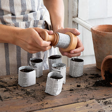 Eco Gardener's Pot Press