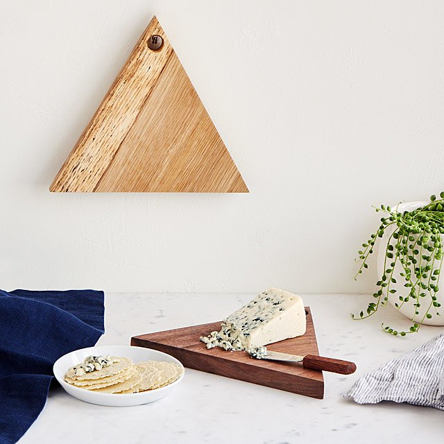 Hanging Triangle Cheese Board Set