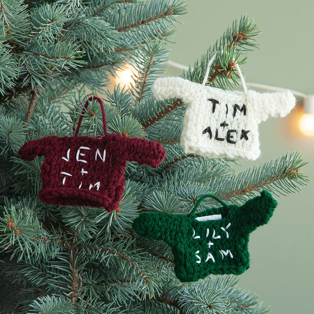 Christmas Tree Decorations Names.Personalized Holiday Sweater Ornaments Christmas Tree