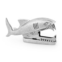 SHARK BITE STAPLE REMOVER