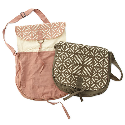 APPLIQUE MESSENGER BAGS