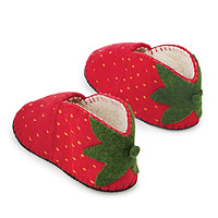 Foodie Slippers Strawberry
